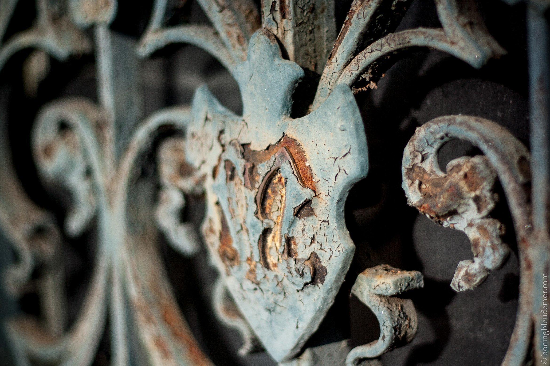 Fer forgé au cimetière du Père-Lachaise