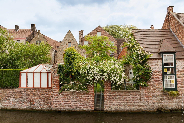 Tourisme dans les canaux de Bruges