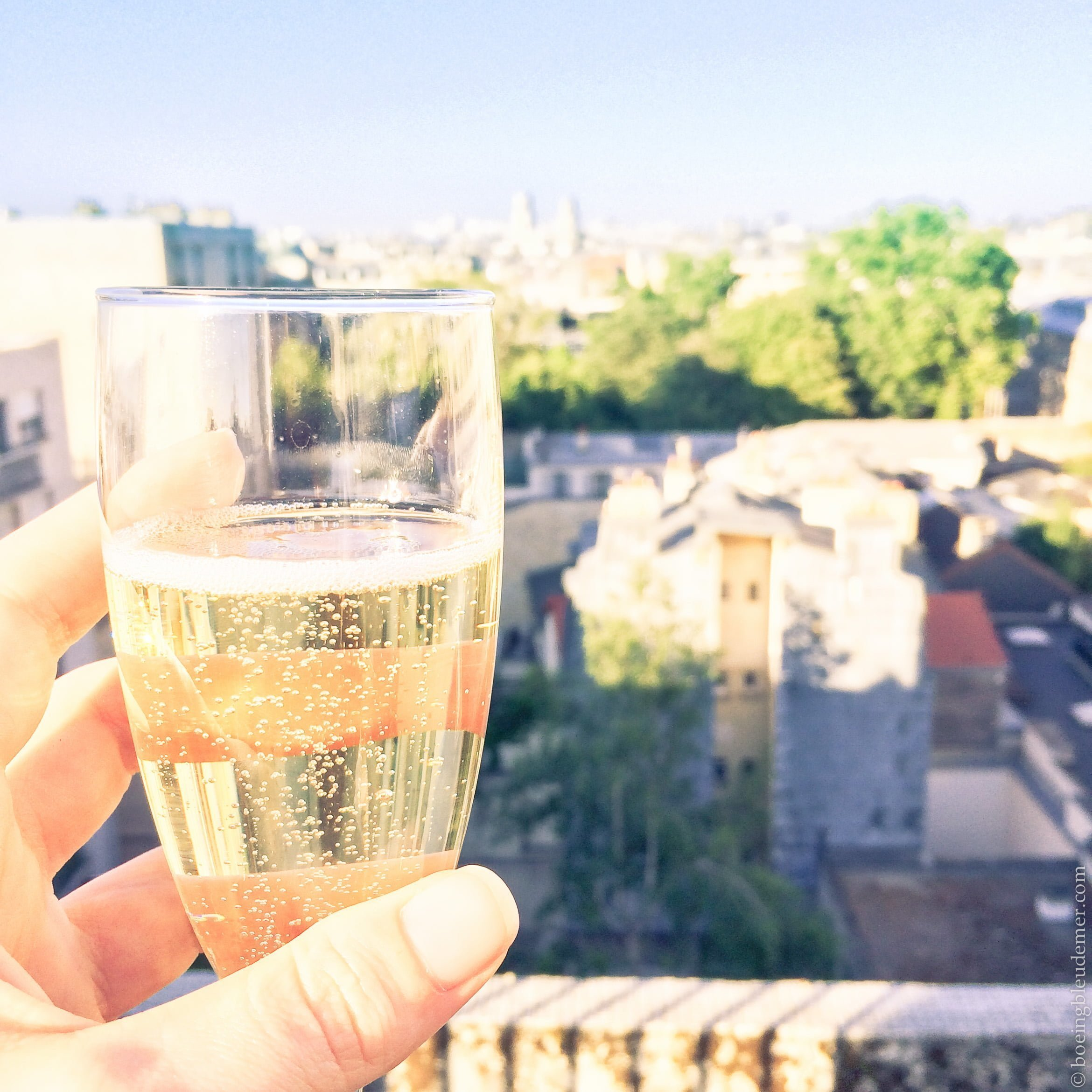 Champagne sur rooftop