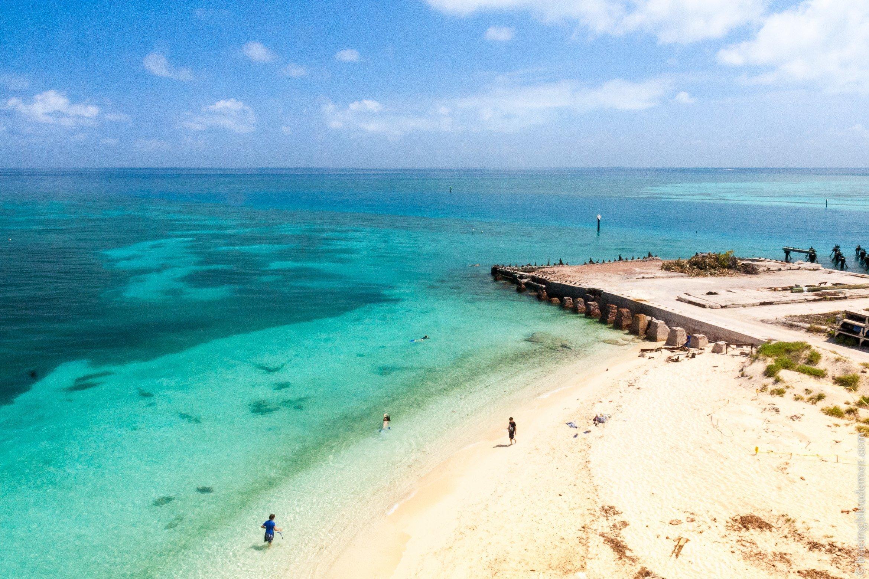 Vue sur les eaux turquoises de Dry Tortugas