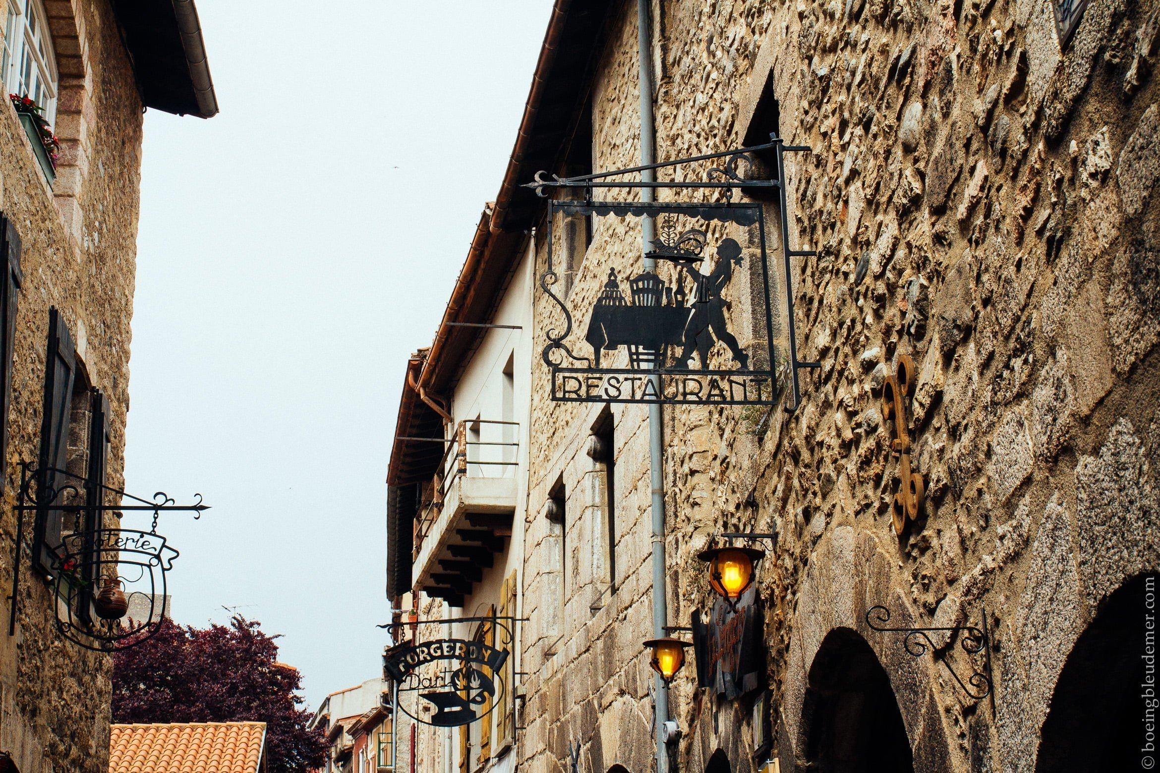 Pays Catalan: rues anciennes