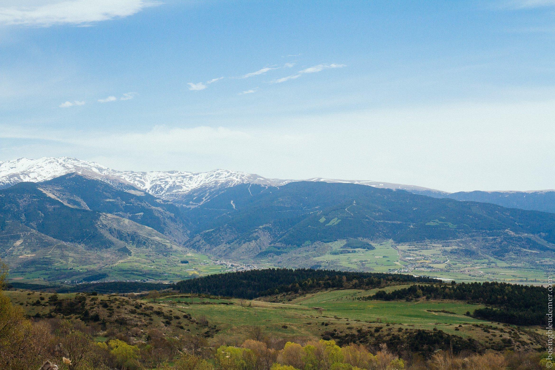 Pays Catalan: vue sur les Pyrennées