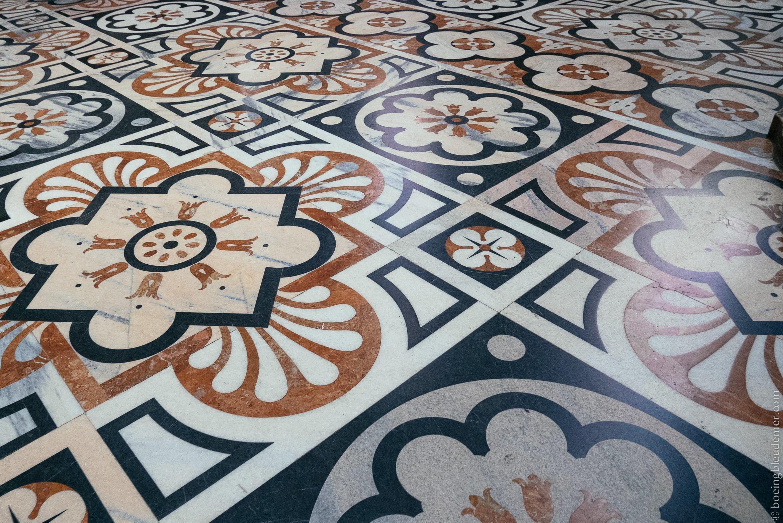 Un Week-end en amoureux à Milan: mosaïque de marbre du Duomo