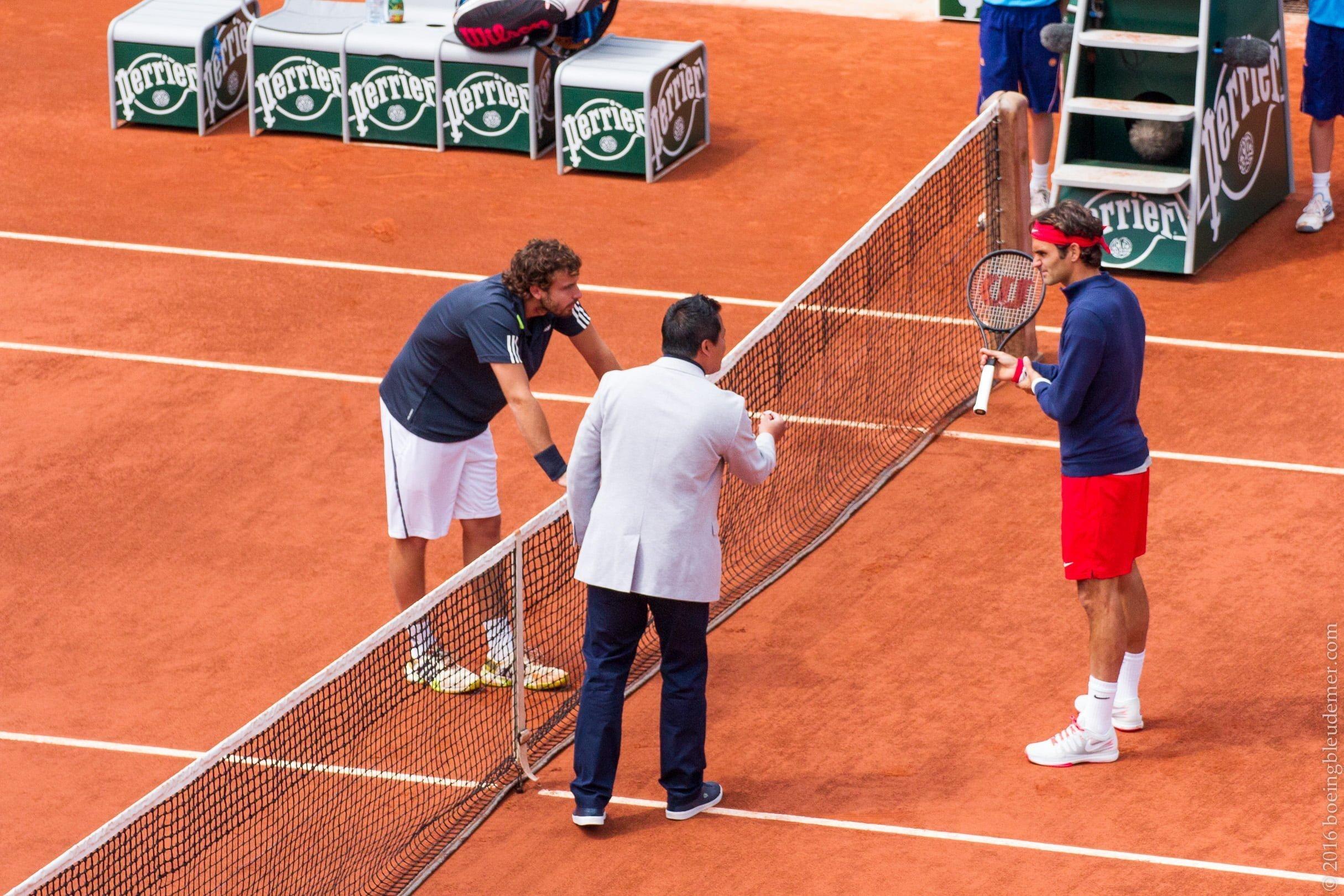 Roland Garros: Roger Federer et Ernests Gulbis
