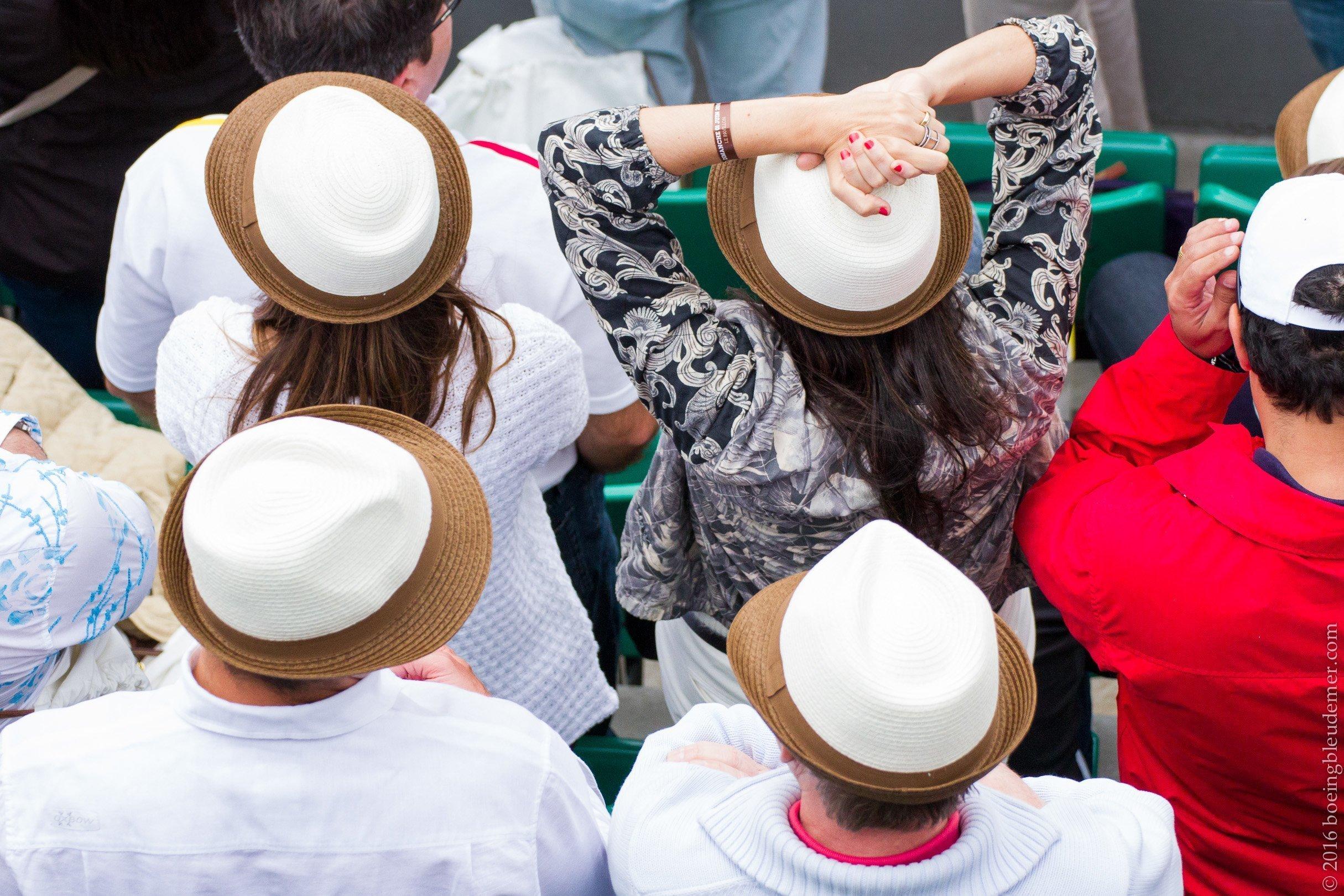 Roland Garros: supporters à chapeaux