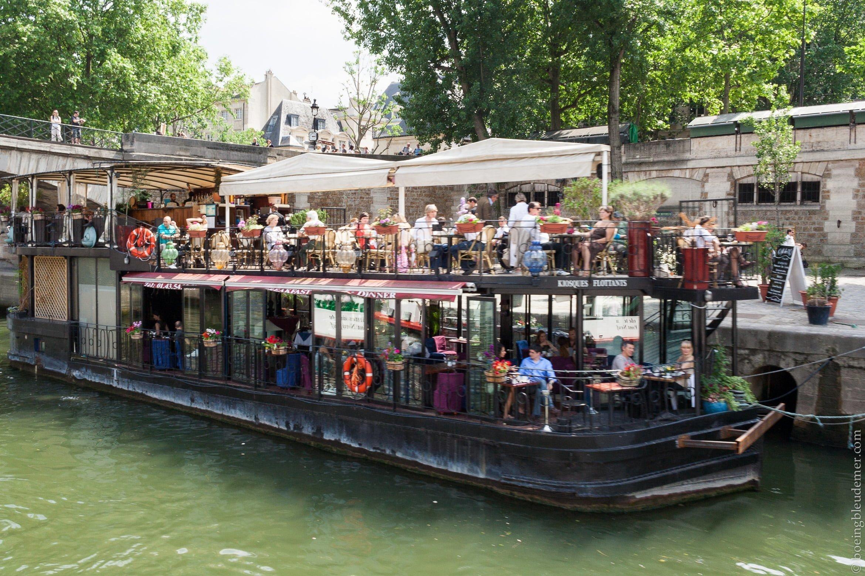 L'été est arrivé à Paris : apéro sur un bateau.